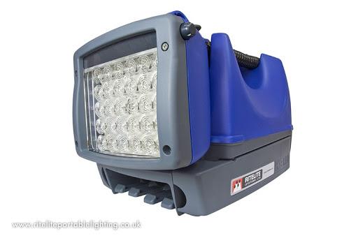 044350 rechargeable light.jpg